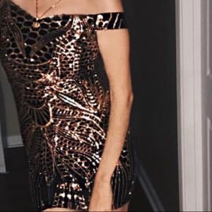 Rosegold and black sequence dress